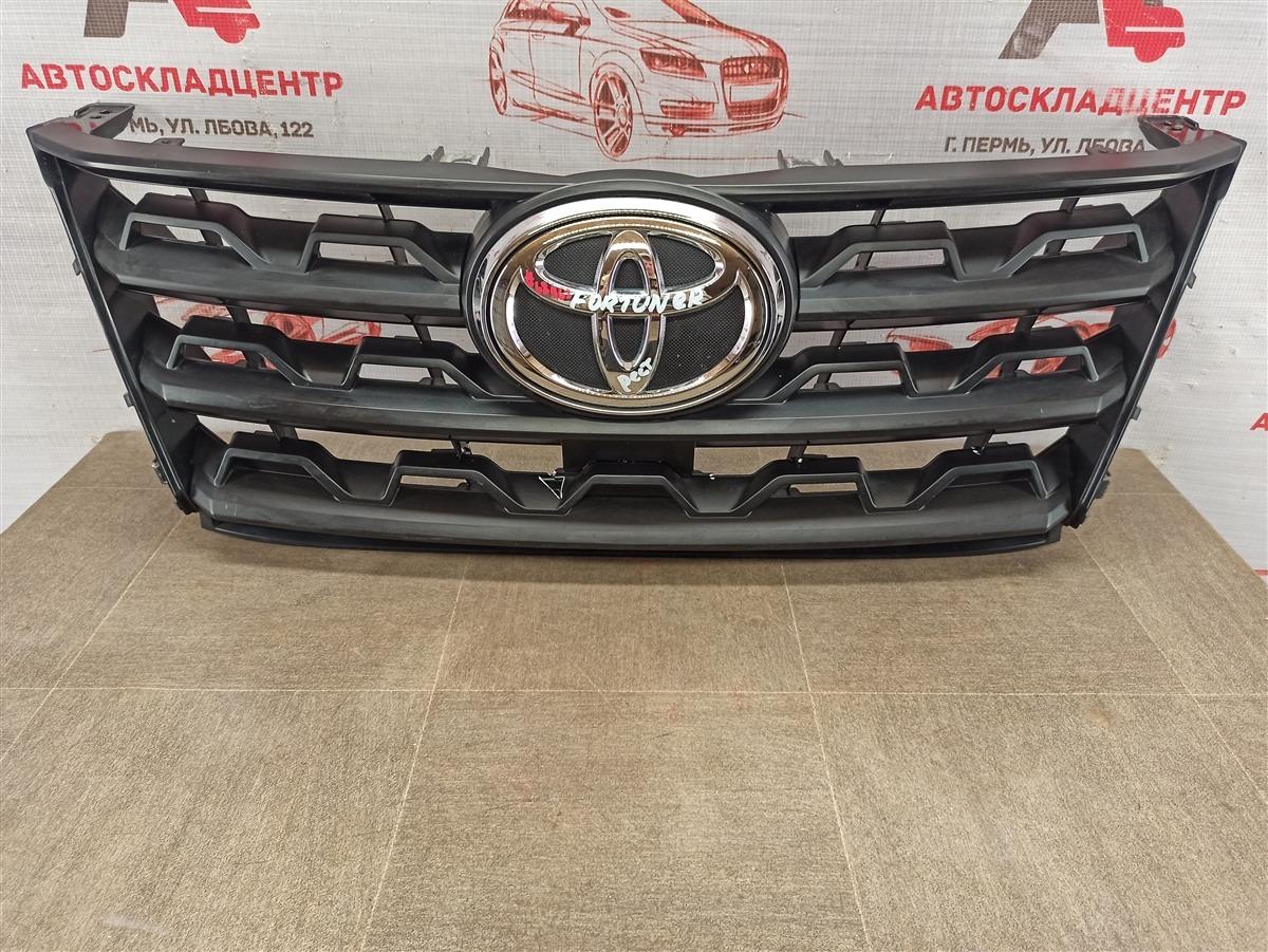 Решетка радиатора Toyota Fortuner (An160) 2015-Н.в. 2020