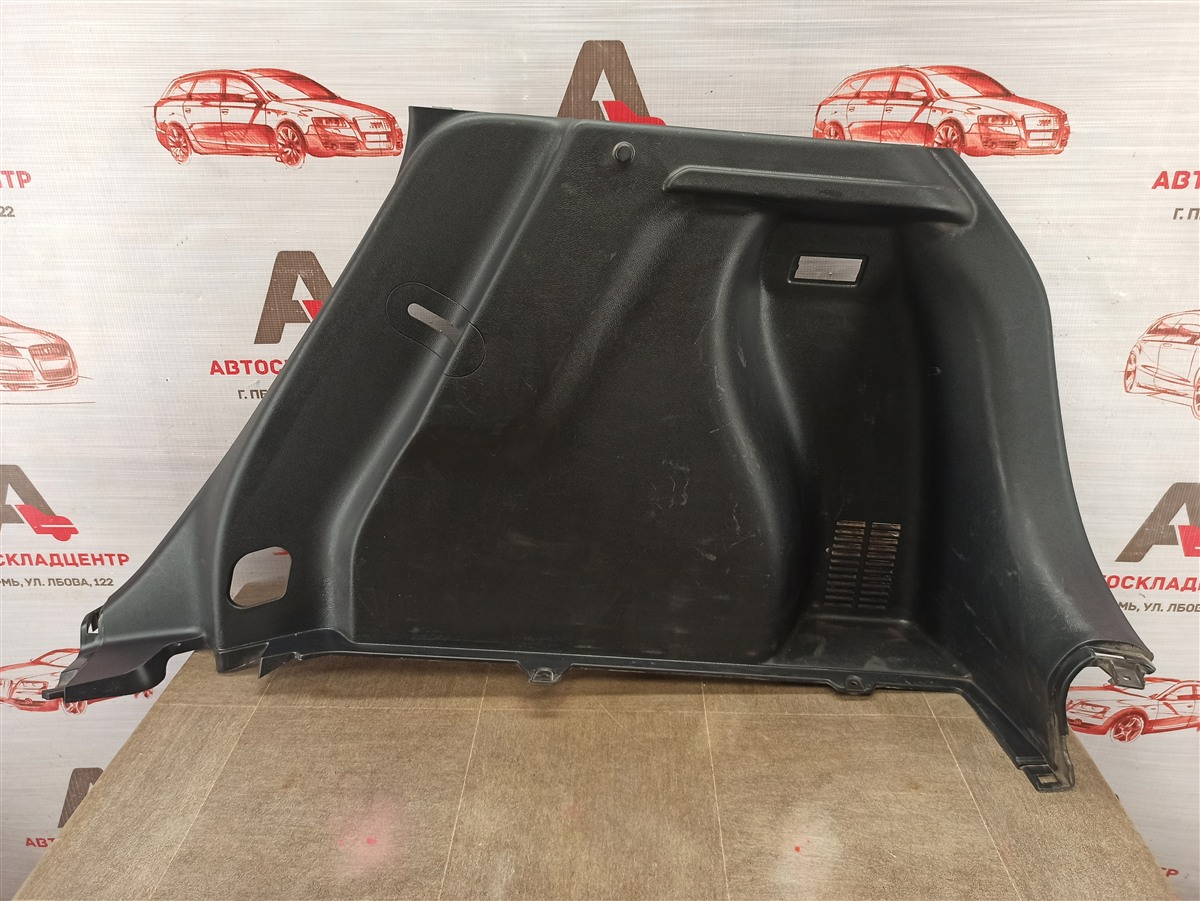 Обшивка багажника - боковая обивка Kia Rio X-Line (2017-Н.в.) правая