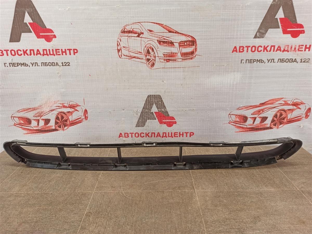 Решетка бампера переднего Kia Sorento (2009-Н.в.) 2012 нижняя