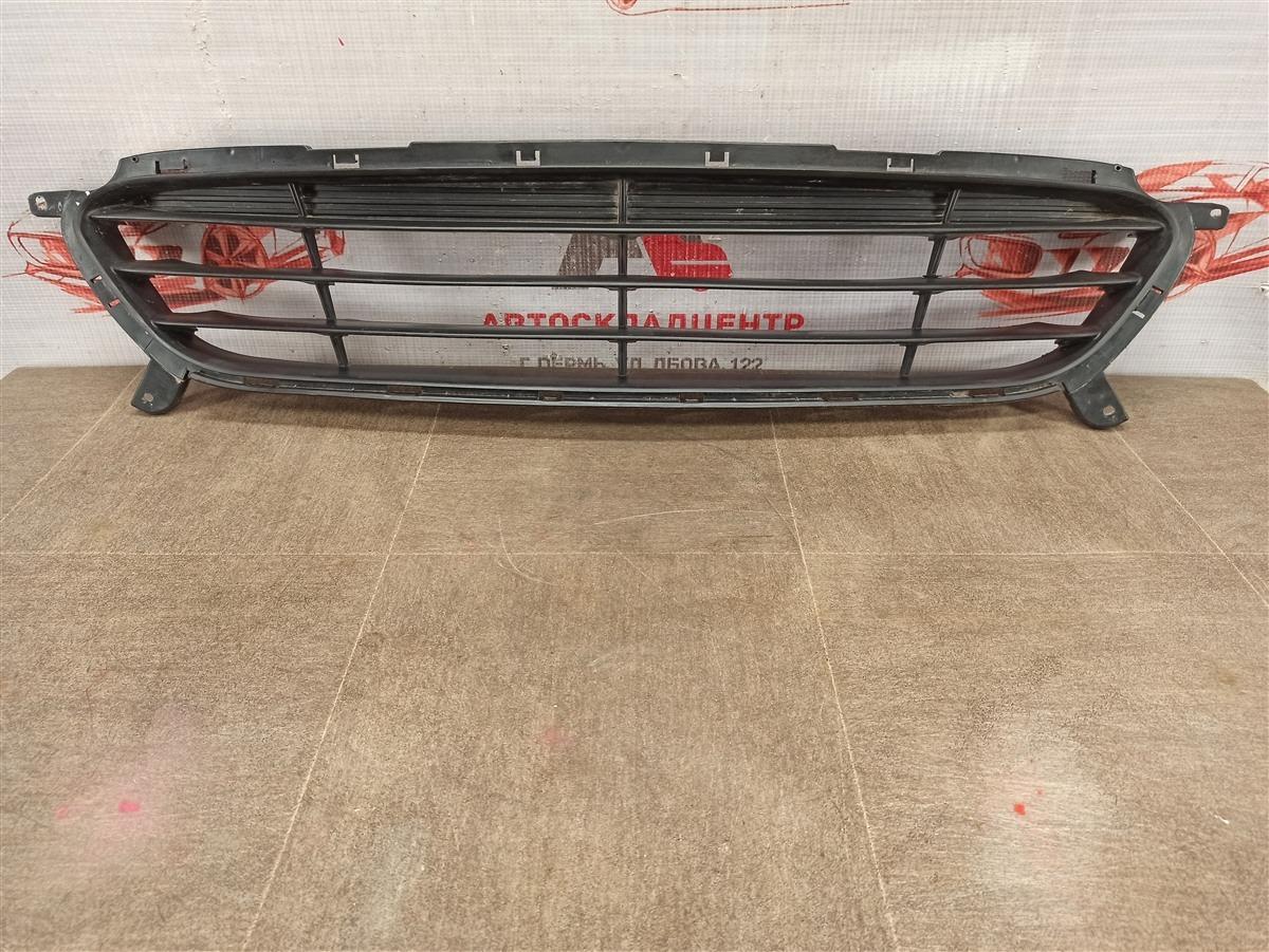 Решетка бампера переднего Hyundai Solaris (2010-2017) 2010