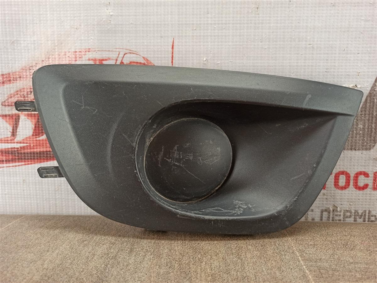 Заглушка противотуманной фары Lada Granta 2013 правая
