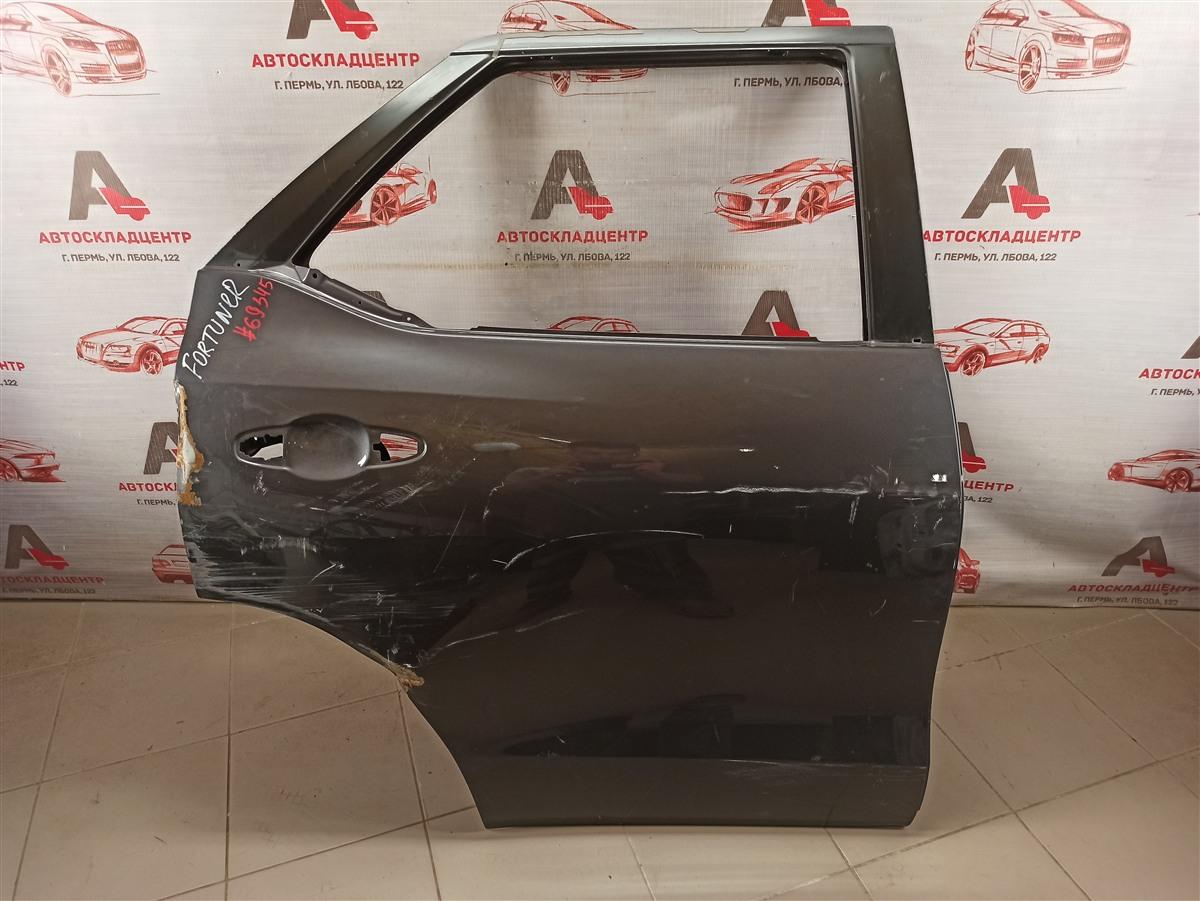 Дверь задняя правая Toyota Fortuner (An160) 2015-Н.в.