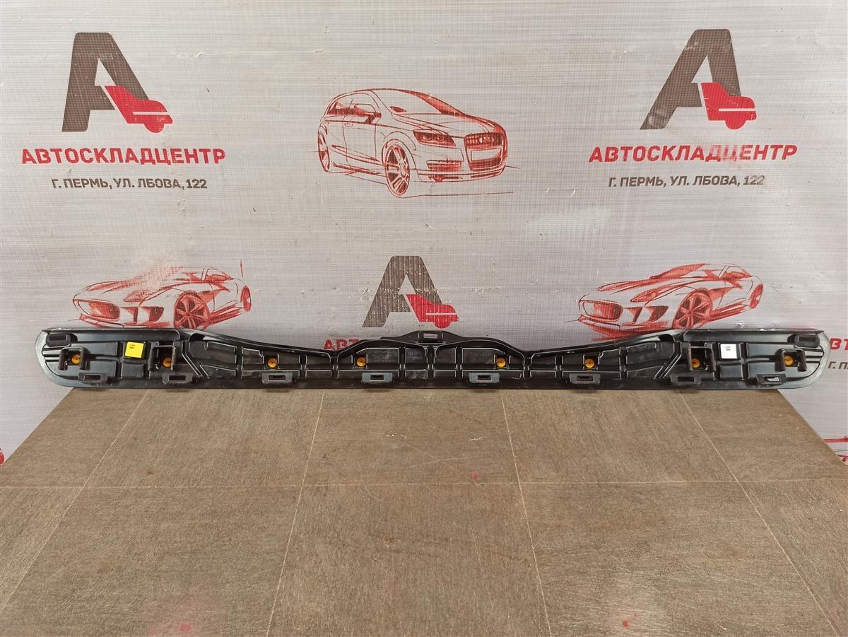 Кронштейн накладки двери / крышки багажника Kia Sportage (2016-Н.в.)