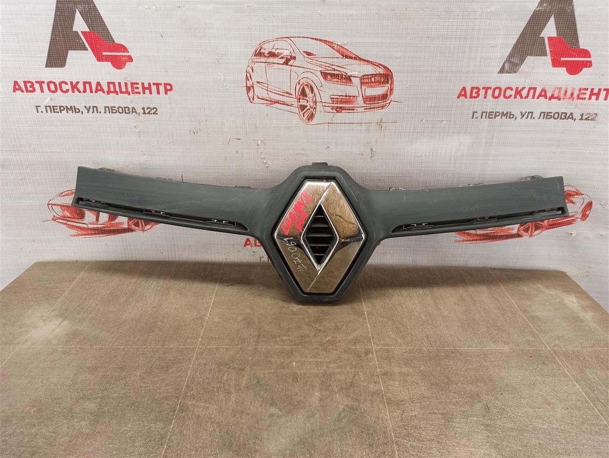 Решетка радиатора - молдинг Renault Logan (2014-Н.в.) 2018