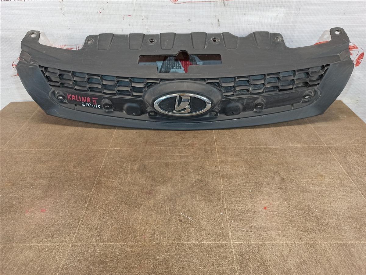 Решетка радиатора Lada Granta 2013
