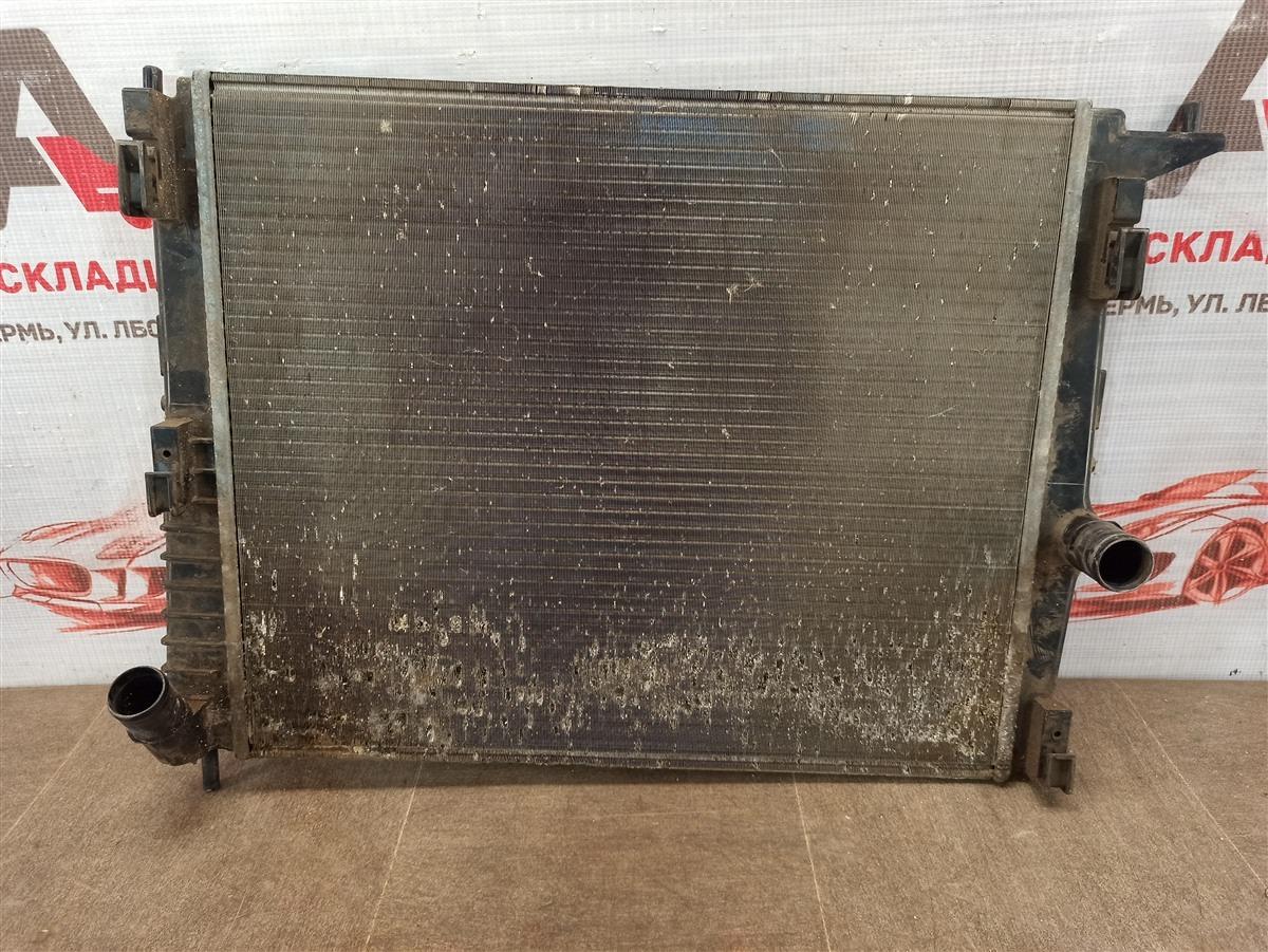 Радиатор охлаждения двигателя Lada Largus