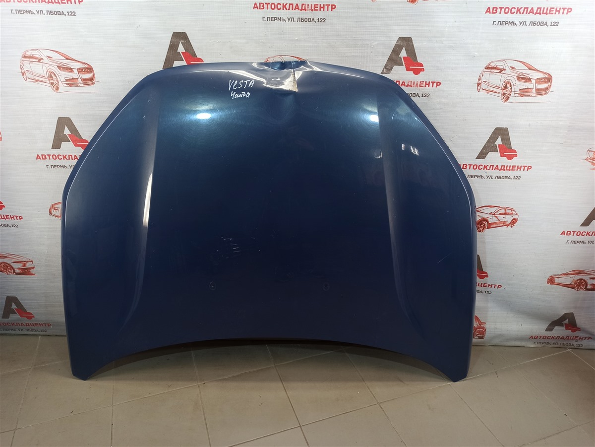 Капот Lada Vesta