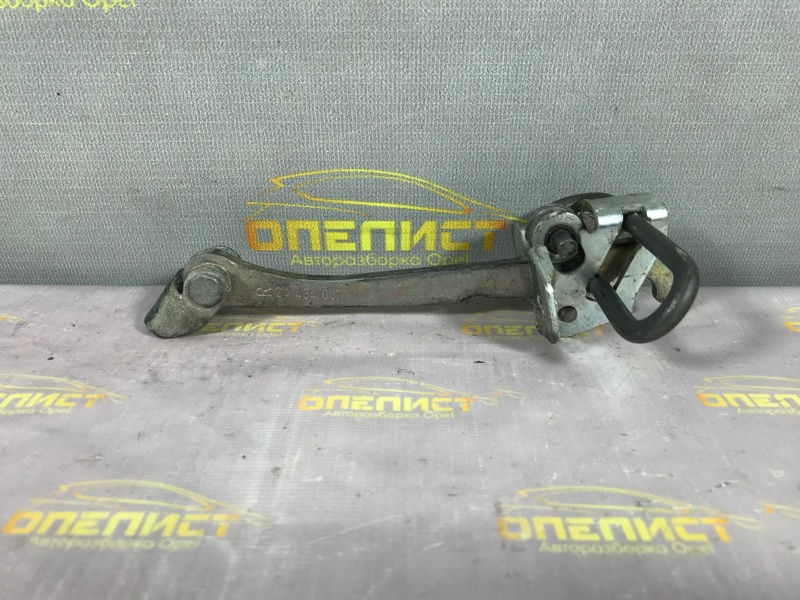 Ограничитель двери передний Opel Zafira A 24434087 Б/У