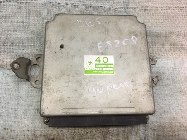 Блок управления двс Subaru Legacy B4 BE5 EJ208 2000