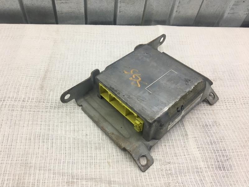 Блок srs Subaru Forester SG5 EJ205 2002