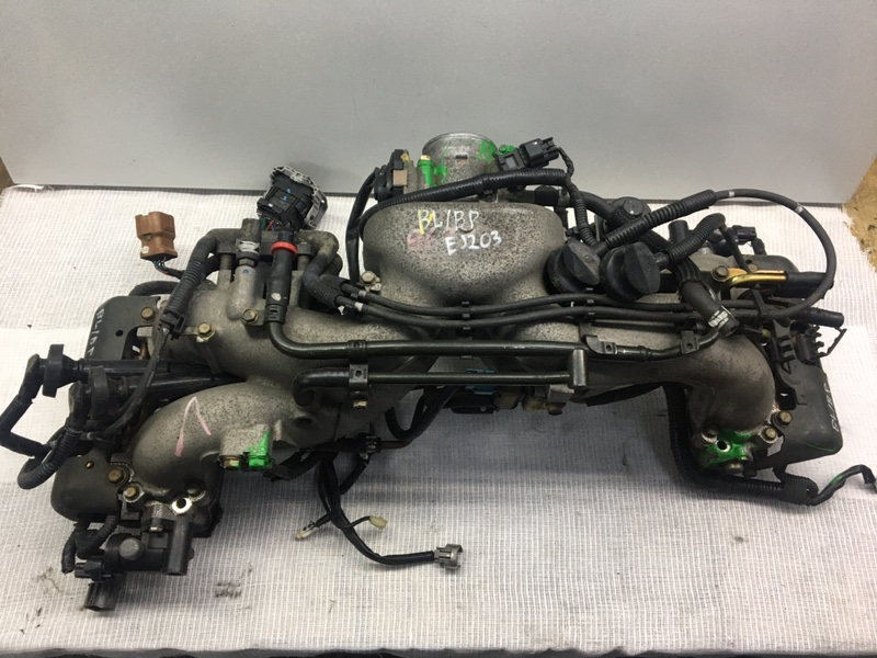 Впускной коллектор Subaru Legacy B4 BL5 EJ203
