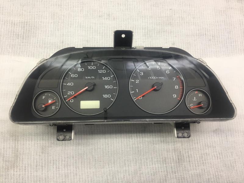 Щиток приборов Subaru Forester SF5 EJ205 2000