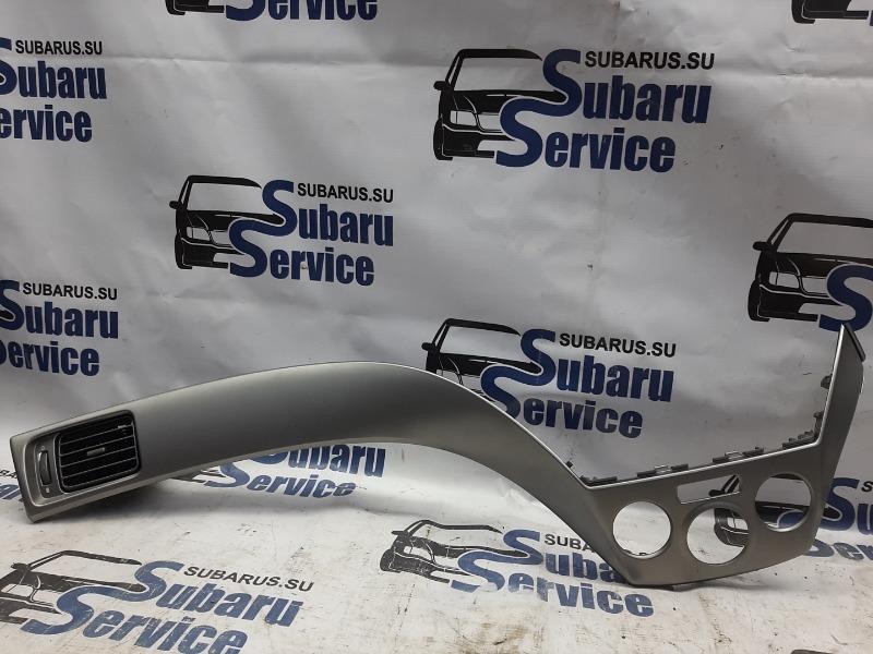 Рамка блока климат-контроля Subaru Forester SH5 EJ205 2008