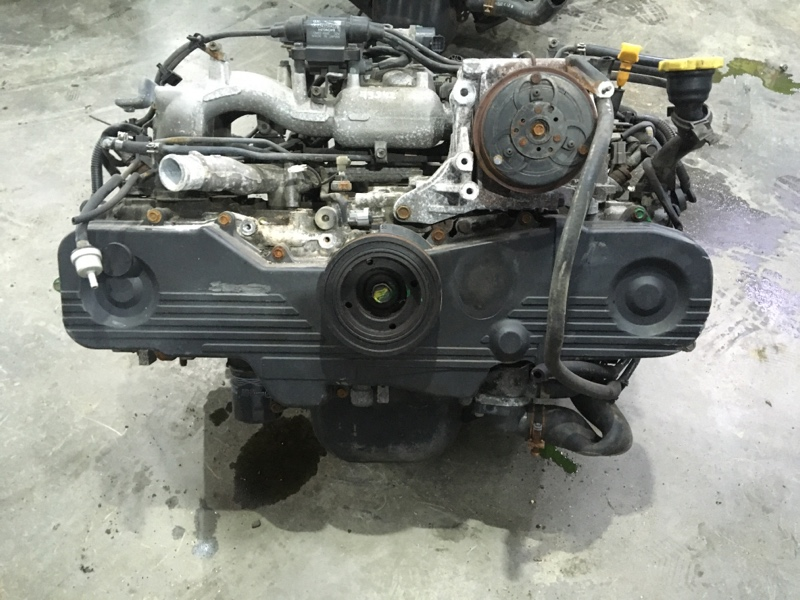 Двигатель Subaru Forester SF5 EJ201 2001