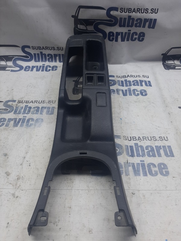 Консоль подлокотника Subaru Impreza GC8 EJ205 1994 передний