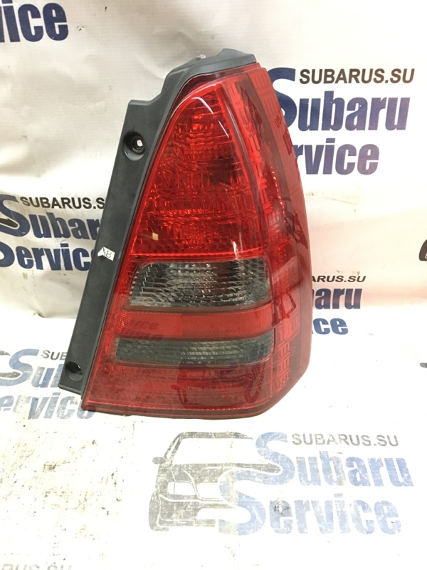 Стоп-сигнал Subaru Forester SG5 EJ202 2002 задний правый
