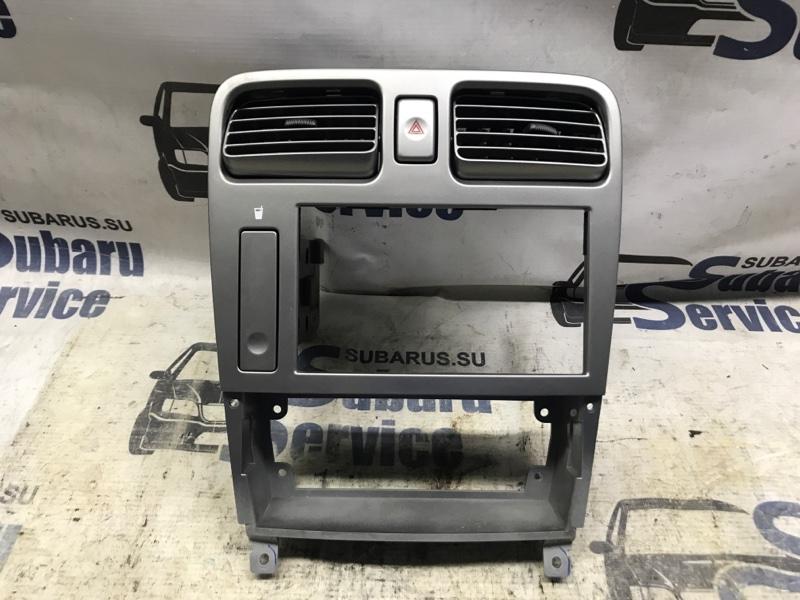 Рамка магнитолы Subaru Forester SG5 EJ205 2003