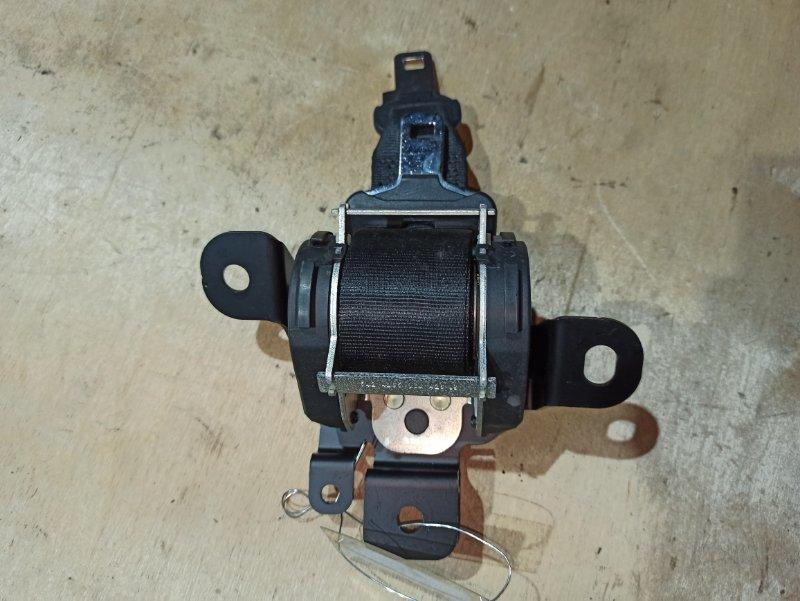 Ремень безопасности Nissan Qashqai J10 HR16DE 2007 задний (б/у)