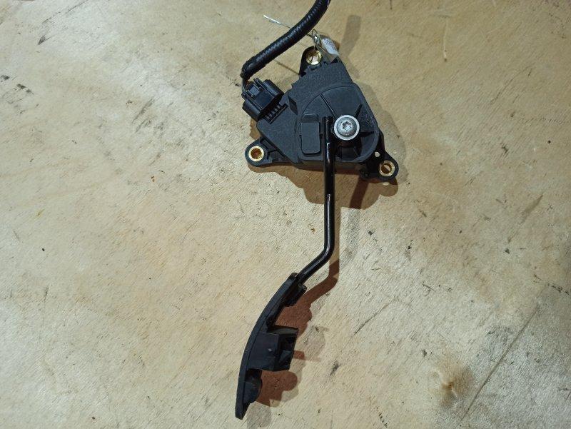 Педаль газа Nissan Qashqai J10 HR16DE 2007 (б/у)