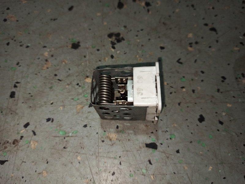 Реостат печки (резистор) Opel Astra H GTC Z18XER 2010 (б/у)