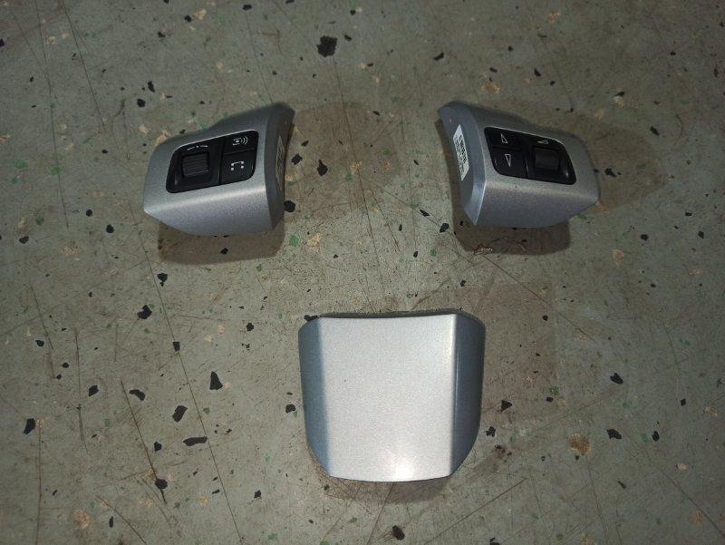 Кнопки многофункциональные руля Opel Astra H GTC Z18XER 2010 (б/у)