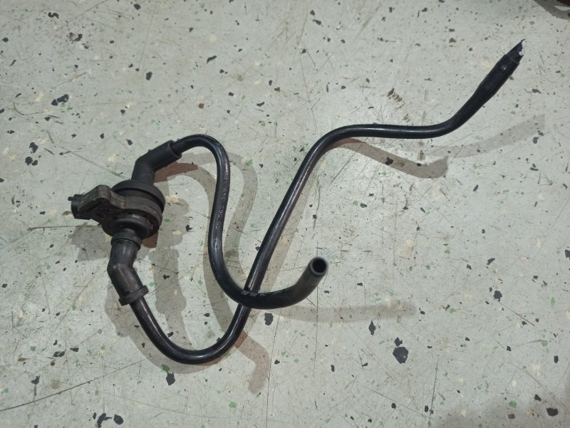 Клапан вентиляции топливного бака Opel Insignia ХЭТЧБЕК A18XER 2009 (б/у)