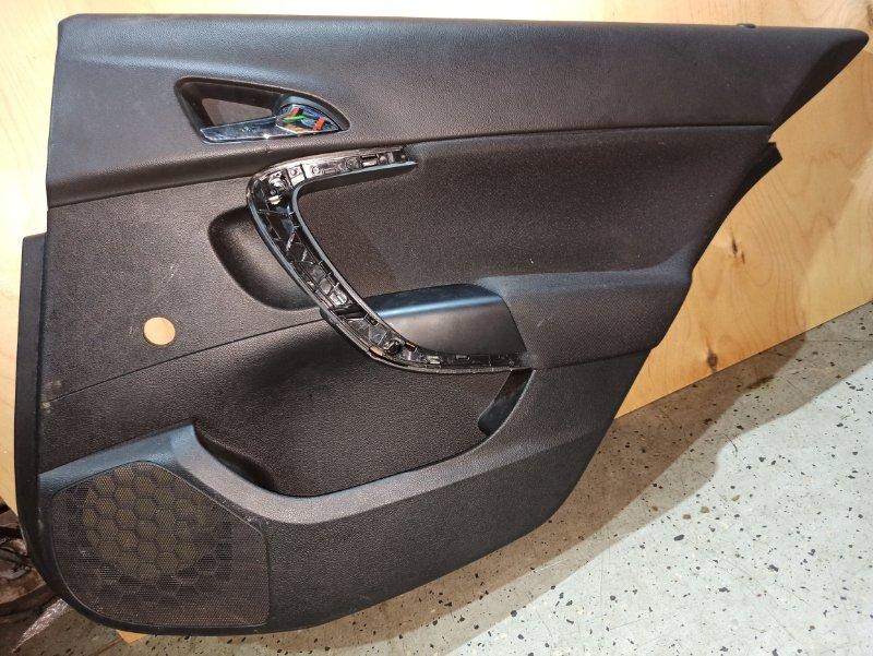 Обшивка двери карта Opel Insignia ХЭТЧБЕК A18XER 2009 задняя правая (б/у)