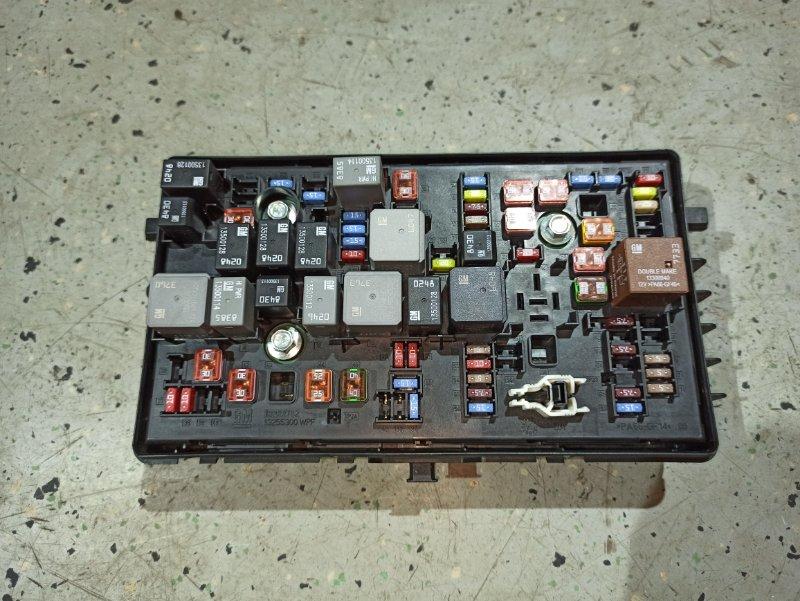 Блок предохранителей Opel Insignia ХЭТЧБЕК A18XER 2012 (б/у)