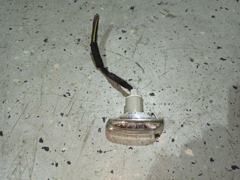 Поворотник в крыле Opel Insignia ХЭТЧБЕК A18XER 2012 правый (б/у)