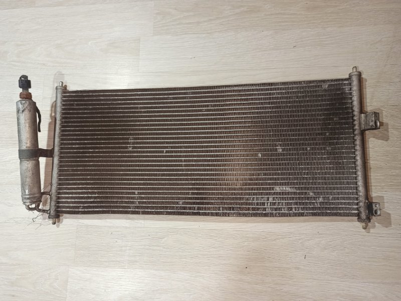 Радиатор кондиционера Nissan Primera P12 УНИВЕРСАЛ QG18DE 2004 (б/у)