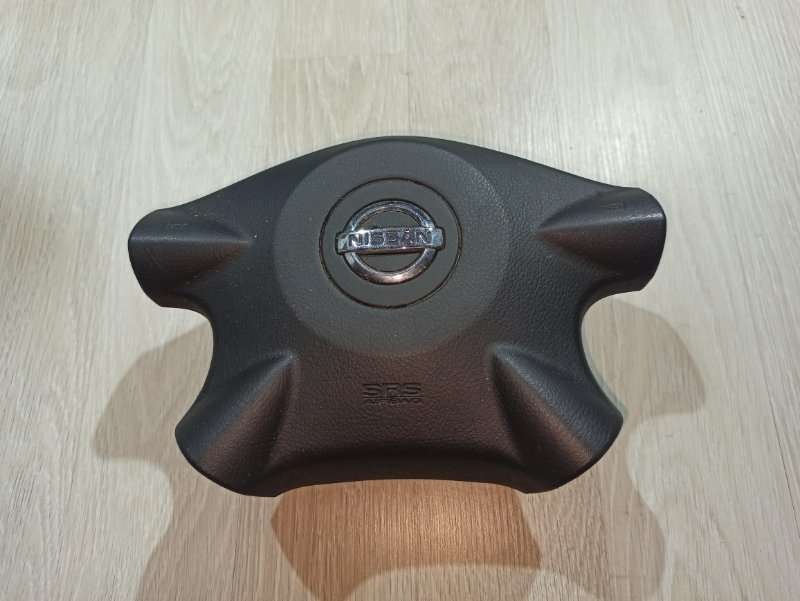 Аирбаг водителя Nissan Primera P12 УНИВЕРСАЛ QG18DE 2004 (б/у)