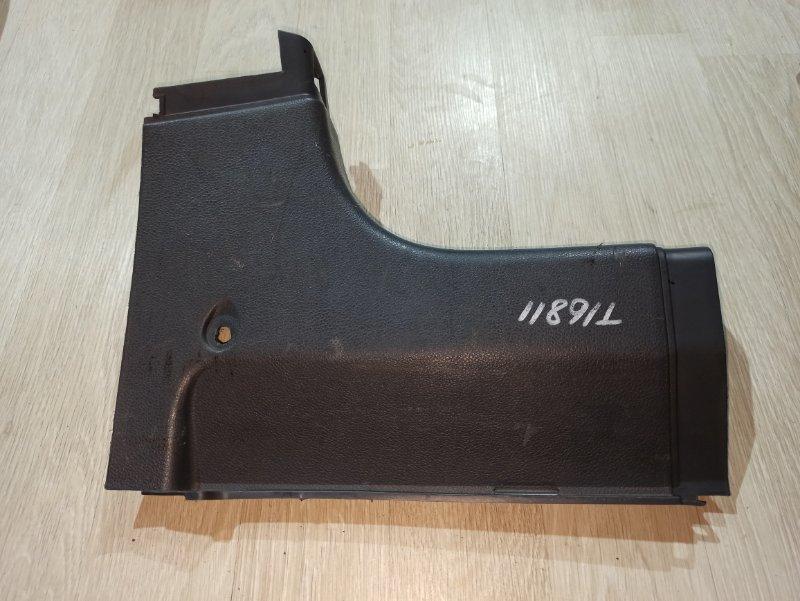 Пластик салона Nissan Primera P12 ЛИФТБЕК QG18DE 2005 задний правый (б/у)