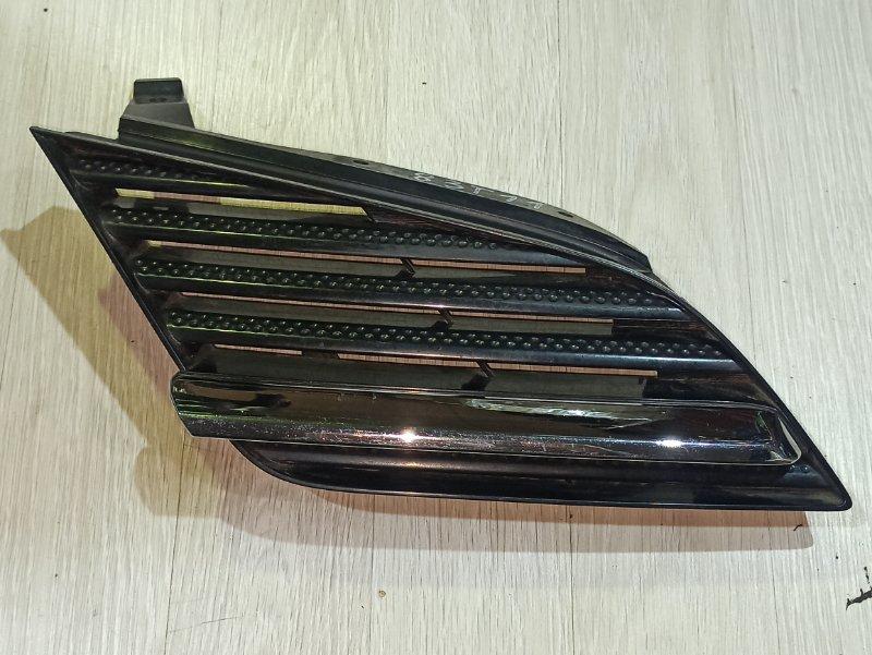 Решетка радиатора Nissan Primera P12 СЕДАН QR20DE 2003 правая (б/у)