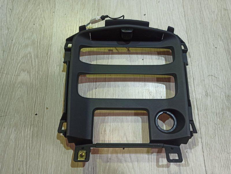 Рамка магнитолы Nissan Primera P12 СЕДАН QR20DE (б/у)