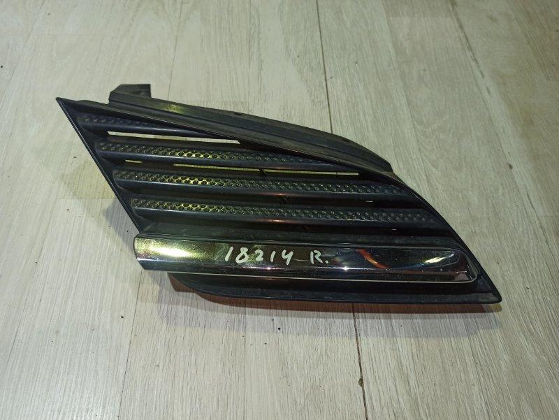 Решетка радиатора Nissan Primera P12 СЕДАН QR20DE правая (б/у)