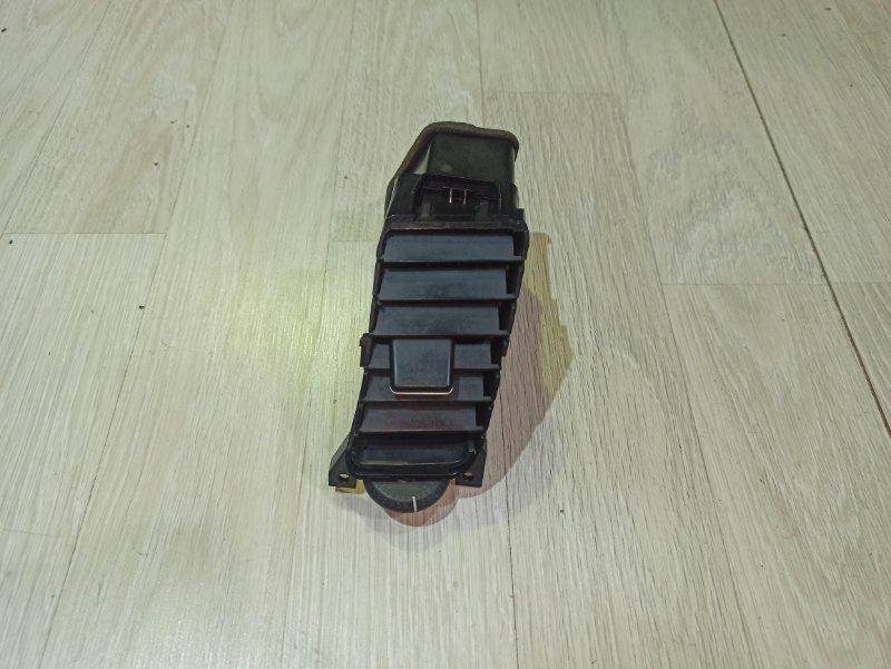 Воздуховод Nissan Primera P12 СЕДАН QR20DE правый (б/у)