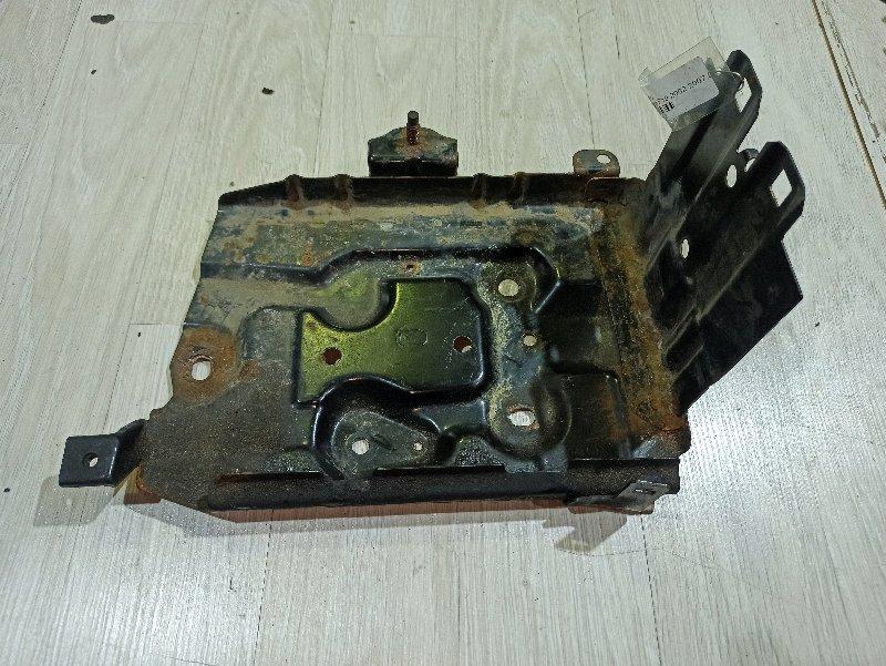 Полка аккумулятора Nissan Primera P12 ЛИФТБЕК QG18DE (б/у)