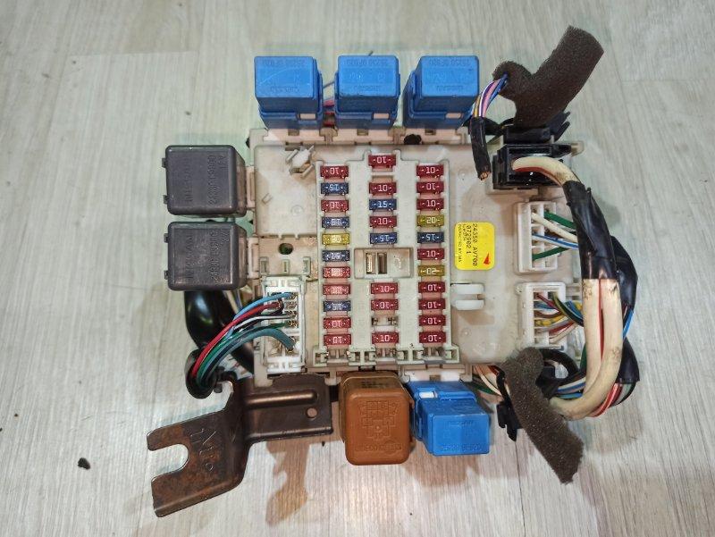 Блок предохранителей Nissan Primera P12 СЕДАН QR20DE (б/у)