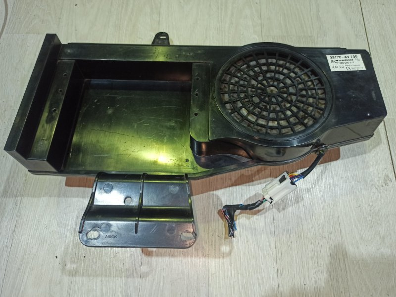 Динамик Nissan Primera P12 СЕДАН QR20DE (б/у)