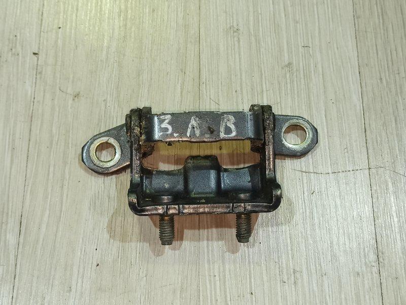 Петля двери Nissan Primera P12 СЕДАН QR20DE задняя левая (б/у)
