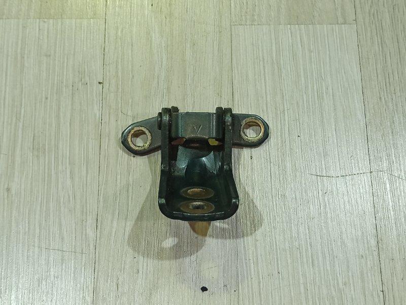 Петля двери Nissan Primera P12 ЛИФТБЕК QG18DE передняя левая (б/у)