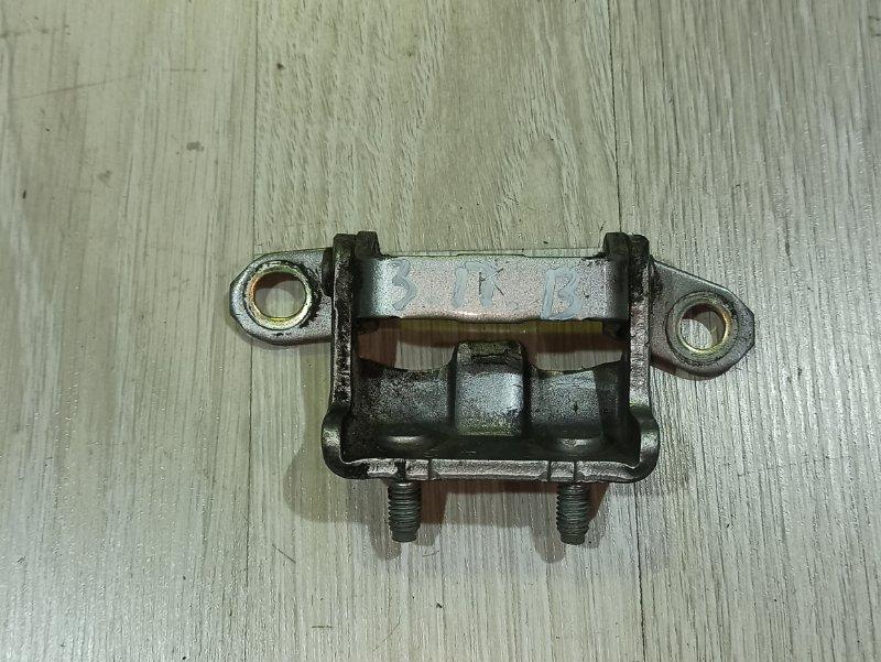 Петля двери Nissan Primera P12 ЛИФТБЕК QG18DE 2005 задняя правая (б/у)