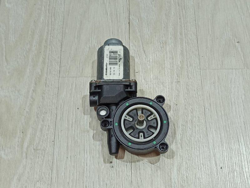Мотор стеклоподъемника Nissan Primera P12 ЛИФТБЕК QG18DE левый (б/у)