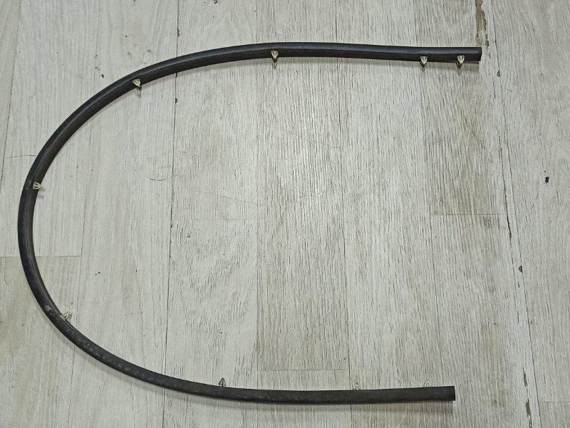 Уплотнительная резинка Nissan Qashqai J10 HR16DE 2007 (б/у)
