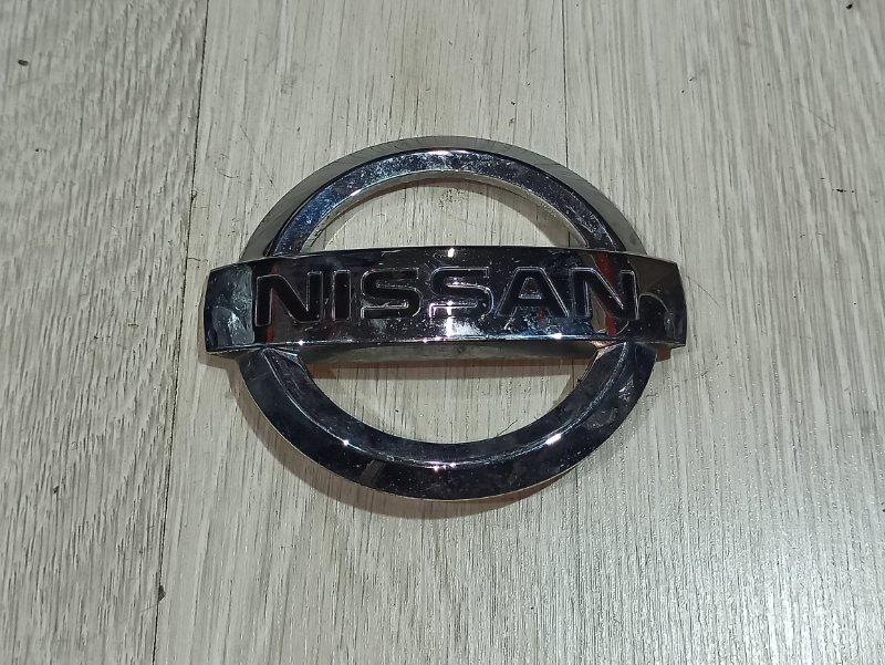 Эмблема Nissan Primera P12 ЛИФТБЕК QG18DE 2005 передняя (б/у)