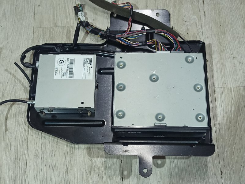 Блок управления навигацией Nissan Primera P12 ЛИФТБЕК QG18DE 200? (б/у)
