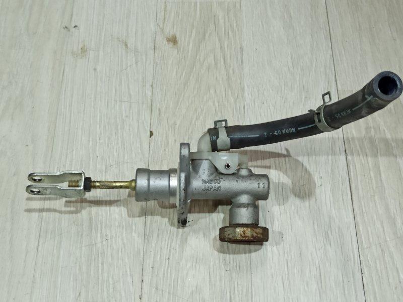 Главный цилиндр сцепления Nissan Primera P12 ЛИФТБЕК QG18DE ? (б/у)
