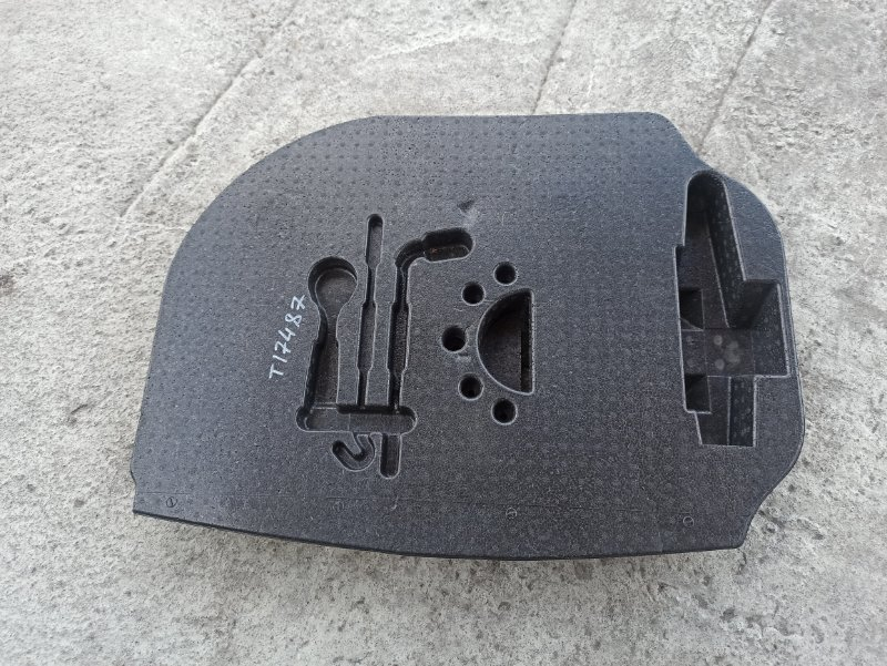 Органайзер для инструмента Nissan Primera P12 СЕДАН QR20DE (б/у)