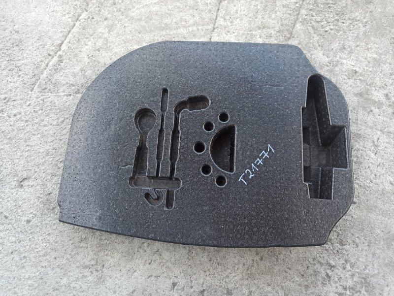 Органайзер для инструмента Nissan Primera P12 ЛИФТБЕК QG18DE ? (б/у)