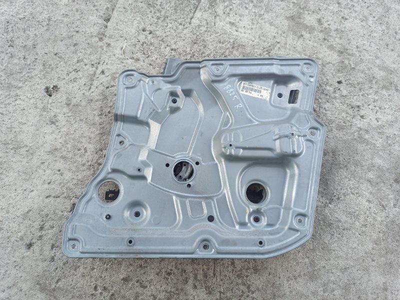 Стеклоподъемник Nissan Primera P12 ЛИФТБЕК QG18DE передний правый (б/у)